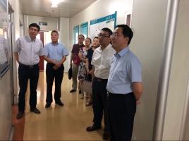 山东省科技厅刘为民厅长在实验室调研