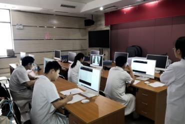 強化醫師三基三嚴考核,提升醫療技術水平